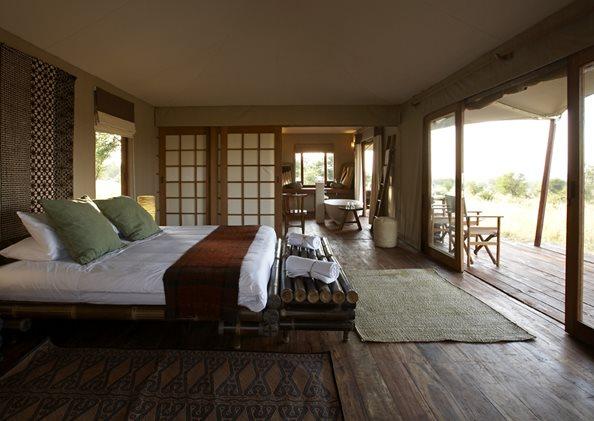 Sayari-Camp-guest-tent-bedroom-1.jpg