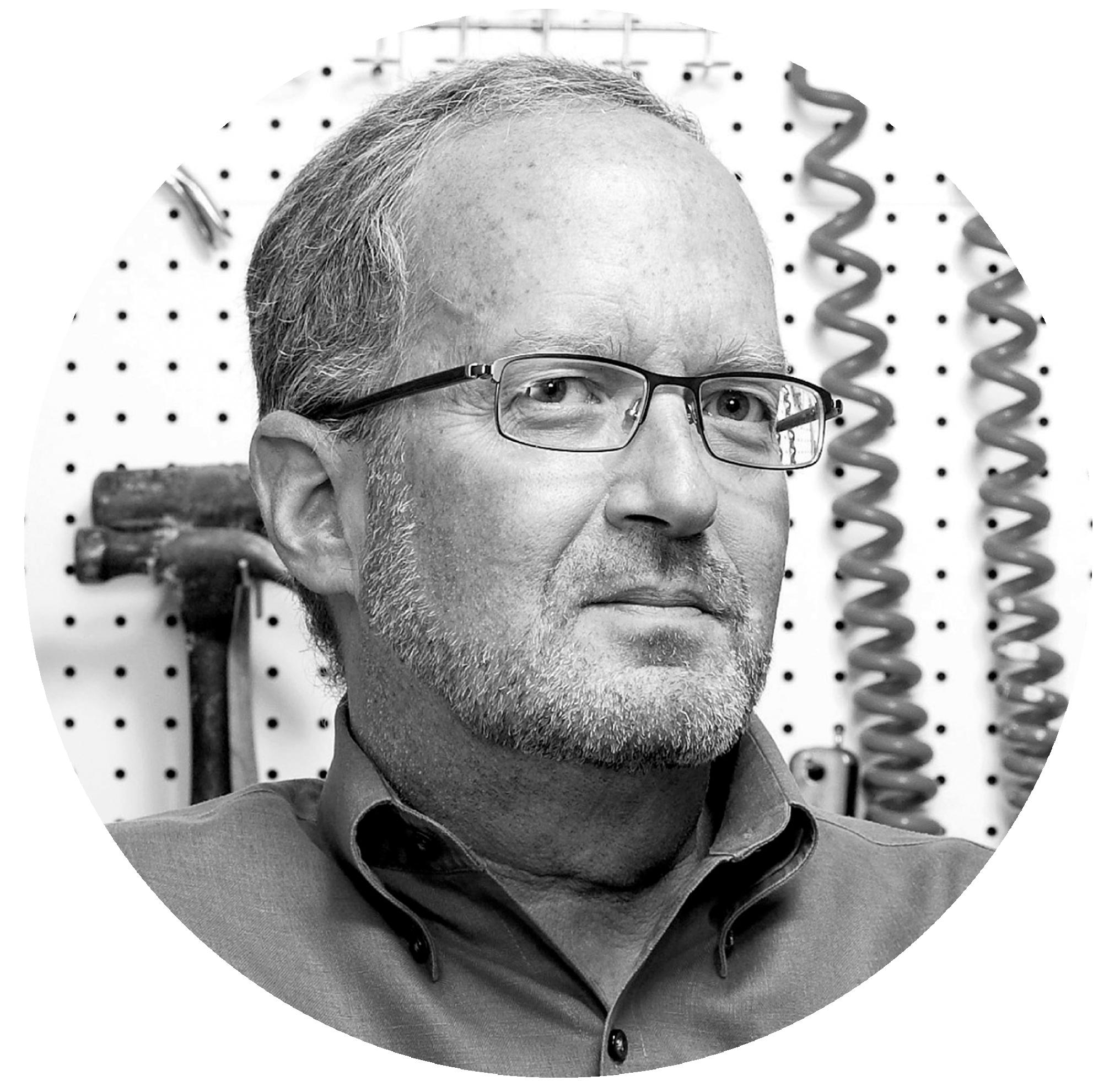 Raymond Kogan, AIA