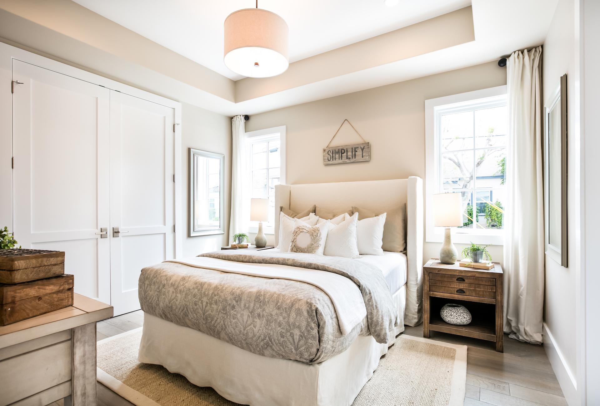 Acacia 600 1st Bedroom.jpg