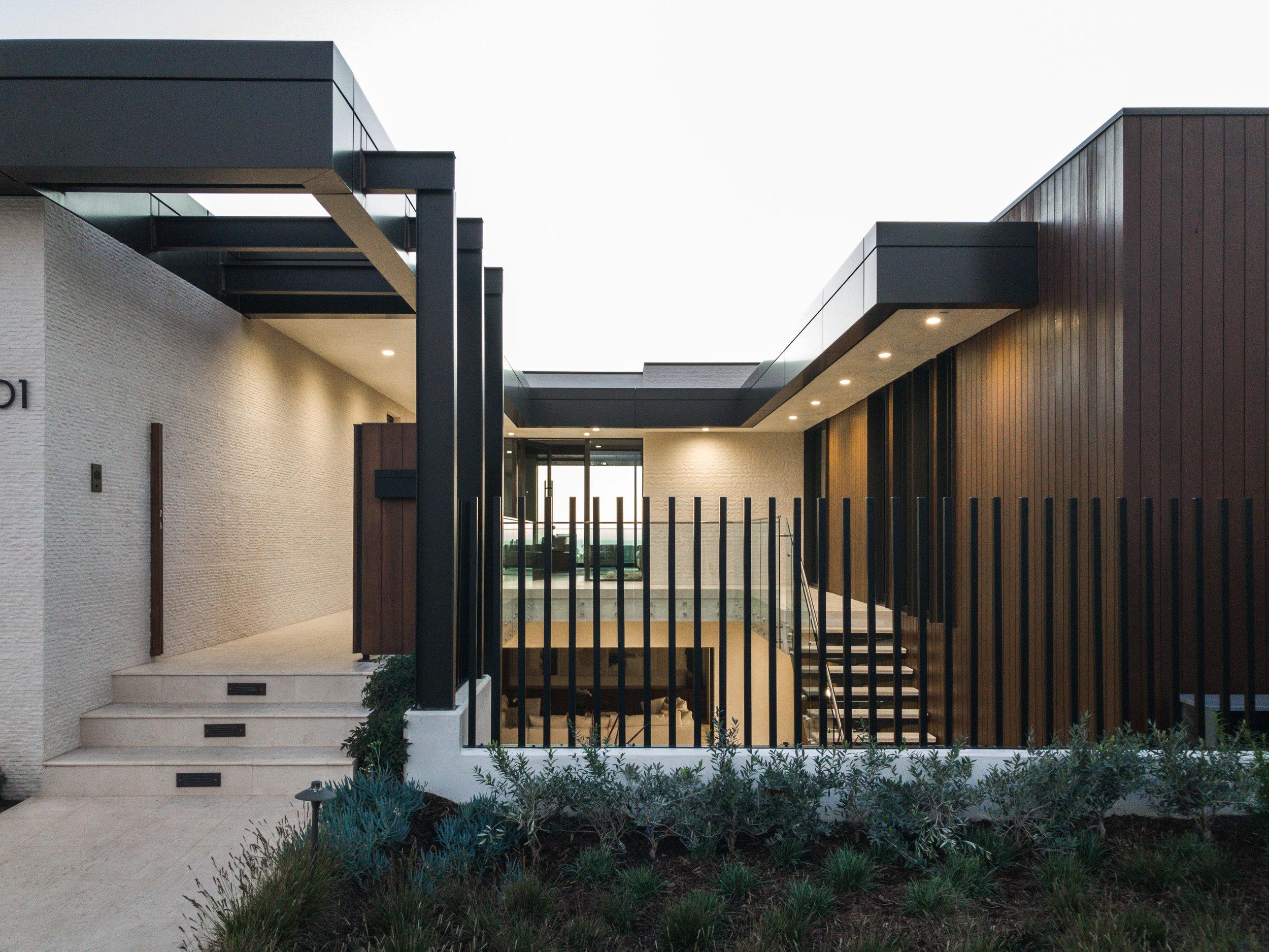 Architecture_2001_Tahuna_Corona_Del_Mar_David_Davidson-88.jpg