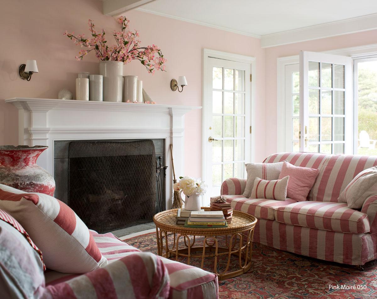 livingroom_pinkmoire050-2.jpg