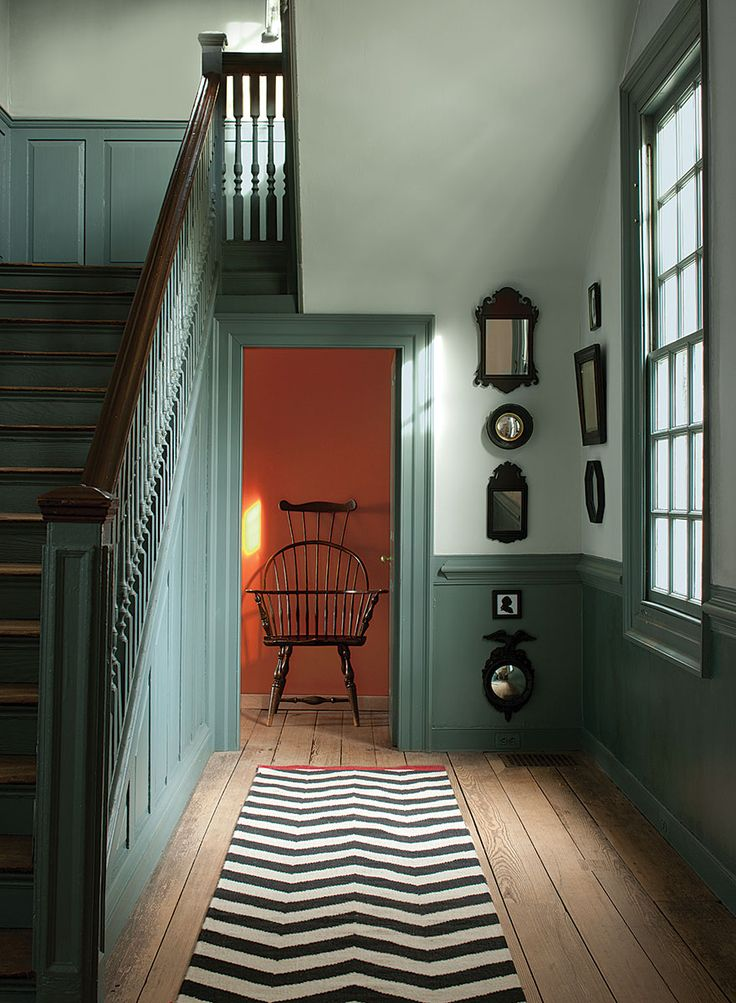 Walls - Palace Pearl CW-650. Stairs & wainscoting - Wythe Blue CW-590