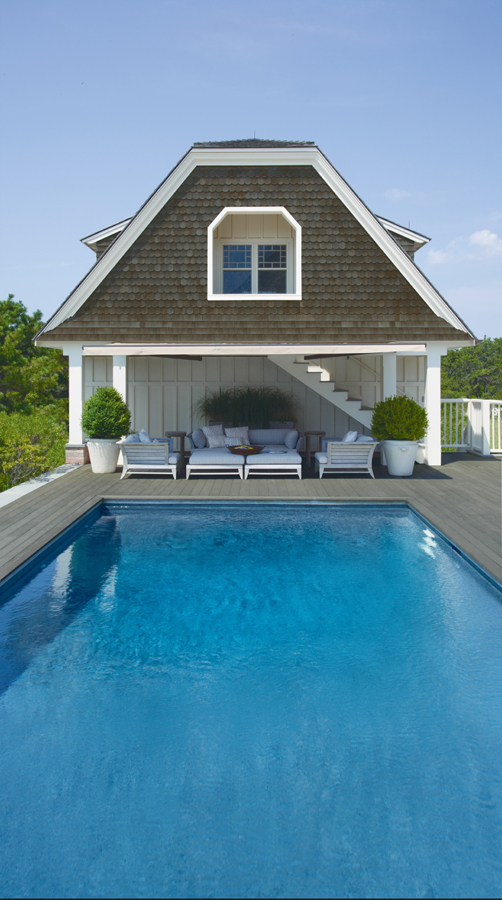 Pool_House_with_Lounges.jpg