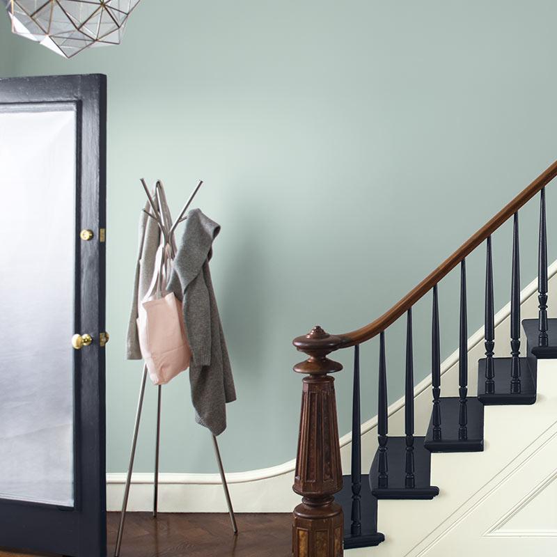 COTY2019_C5_stairs_800X800.jpg