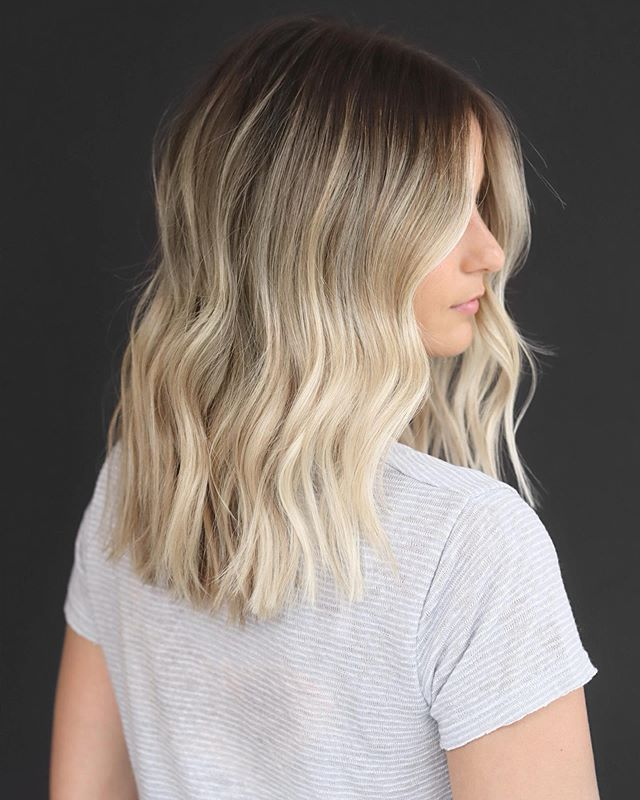 why root tap? after highlighting, we often go back in and tap the root with color to soften the line of demarcation. this lived in summer blonde will grow out seamlessly thru fall 👍🏼 | color, cut, and style by @jesspakhair | #bobbymackbabe