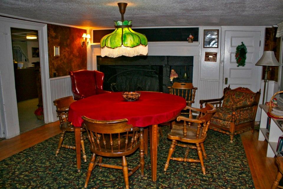 round table room.jpg