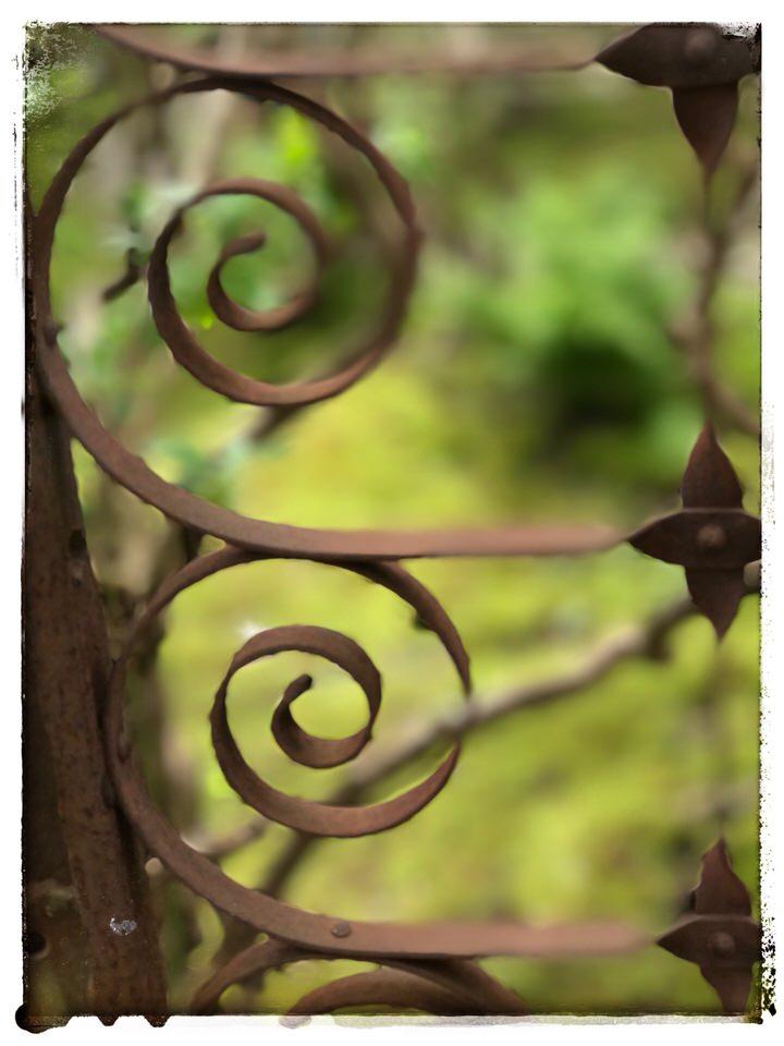Wrought iron swirl