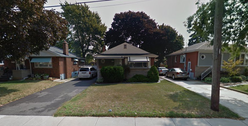 These are the type of post-war bungalows that are ideal for converting to 2-units, but parking is always the bottleneck in cities that don't allow tandem parking (like Hamilton) - you have to either be creative or deal with it at a Committee of Adjustments hearing