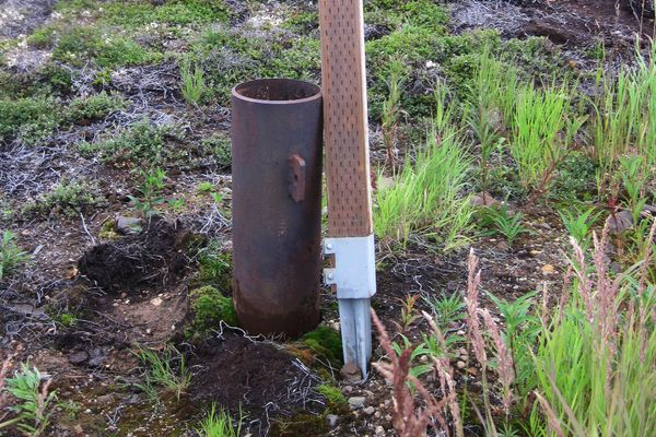 An example of Pebble's equipment sticking up above the tundra.