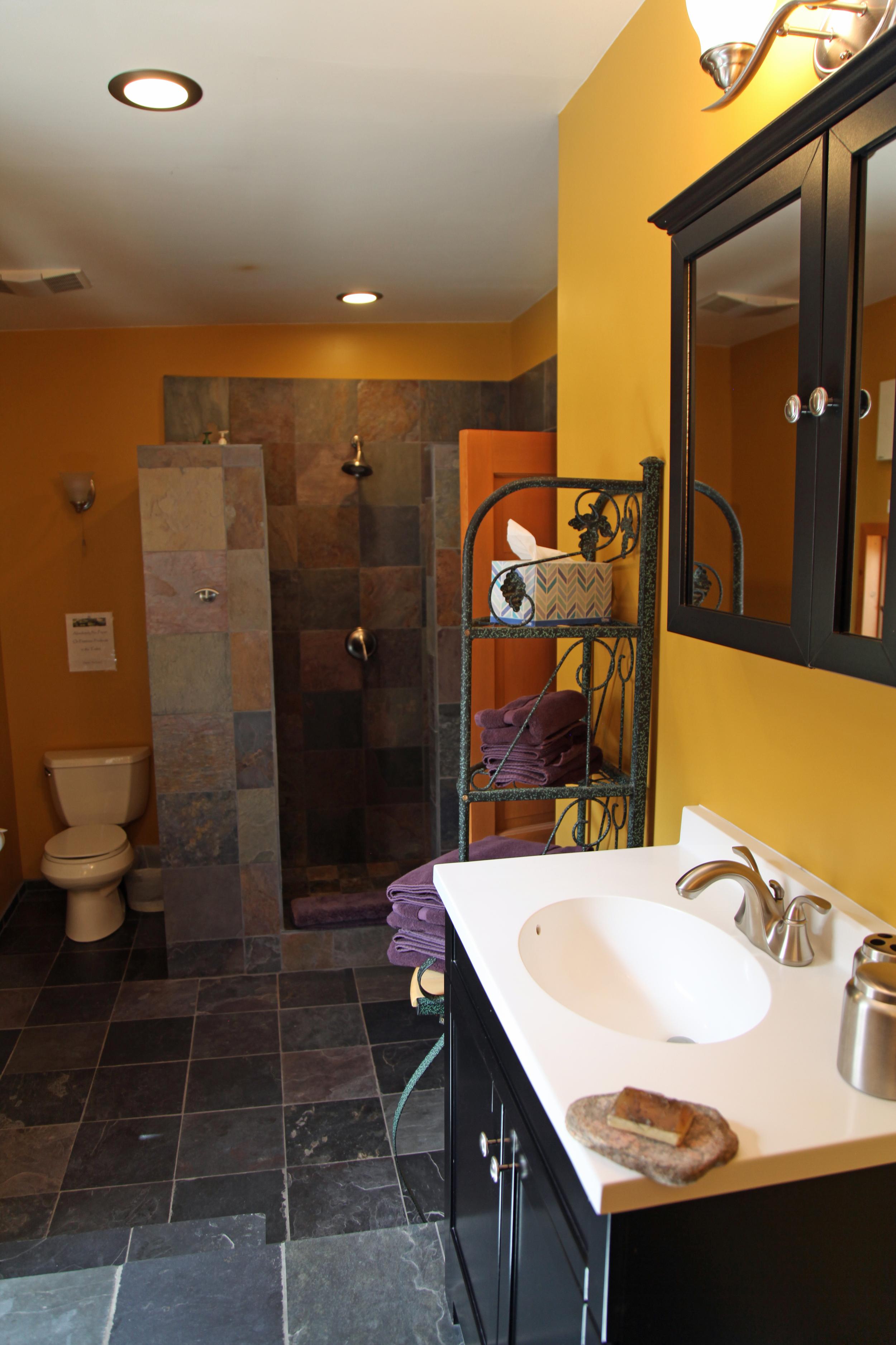 Lotus Suite Bath