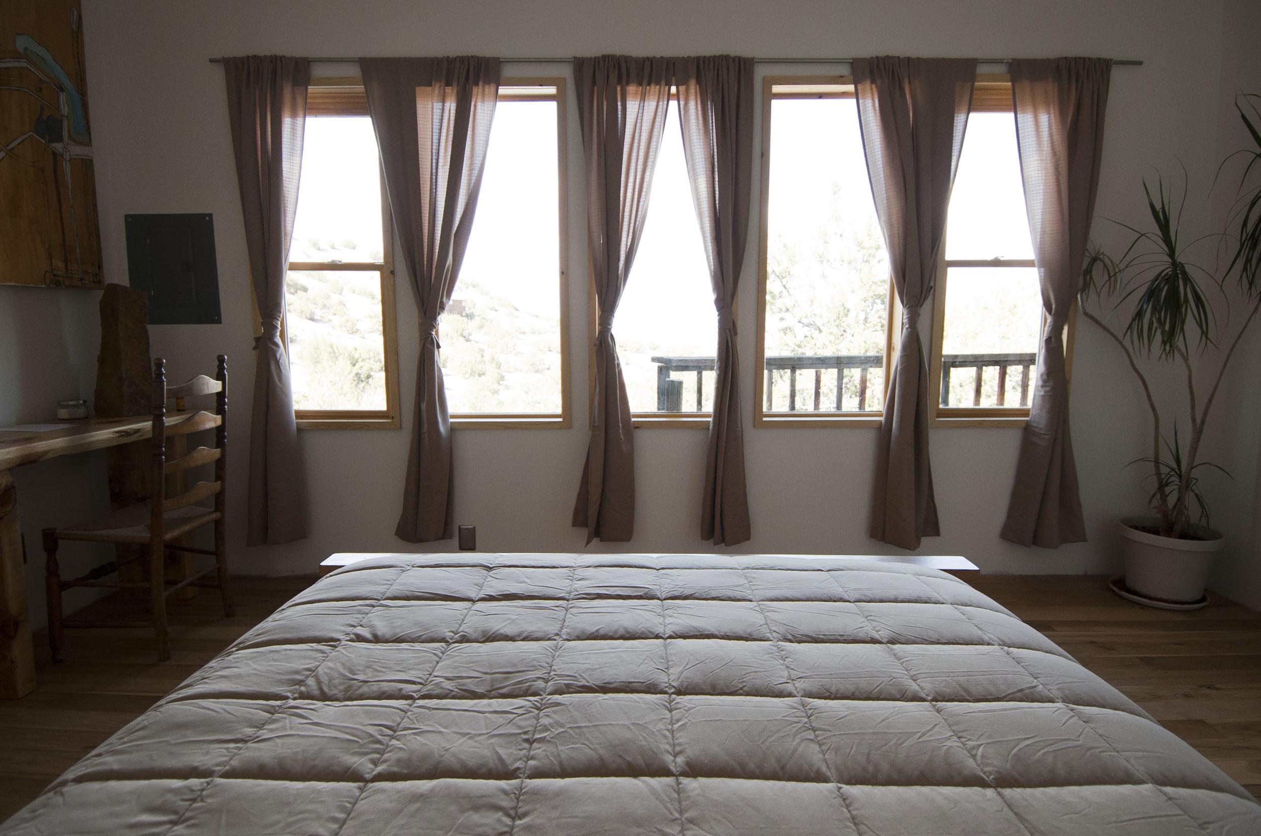 Lotus Standard Queen Pillow Top Bed