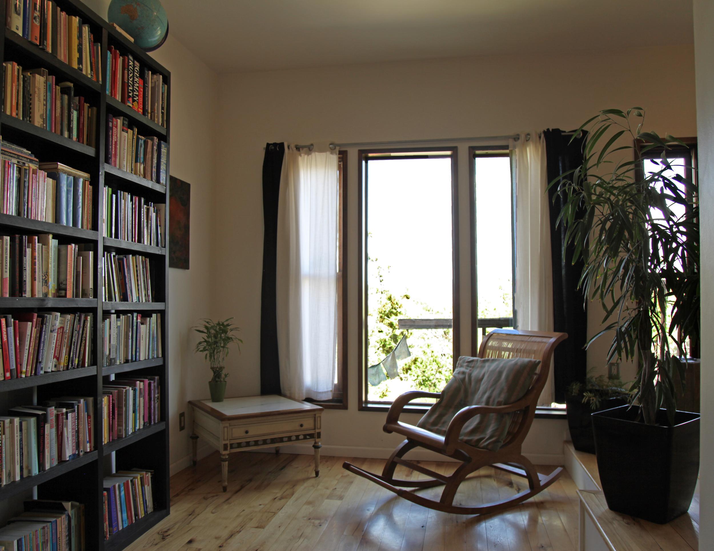 Lotus Suite Sitting Area