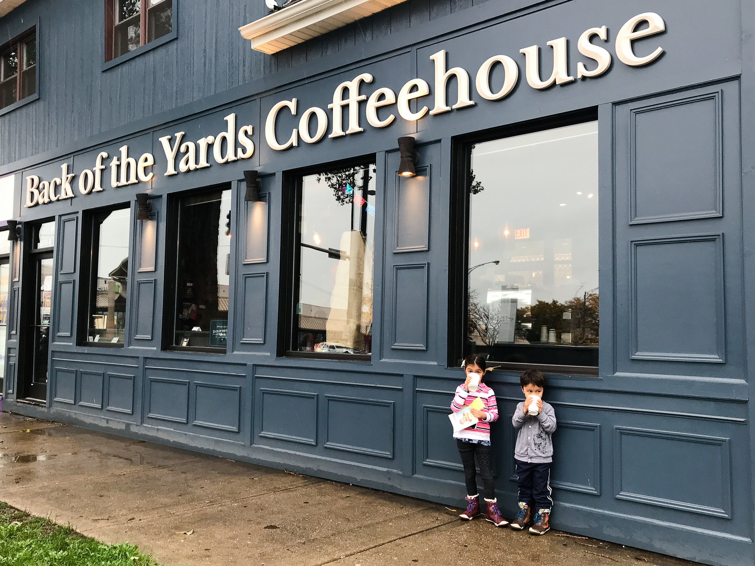 BackoftheYardsCoffeehouse-8.jpg