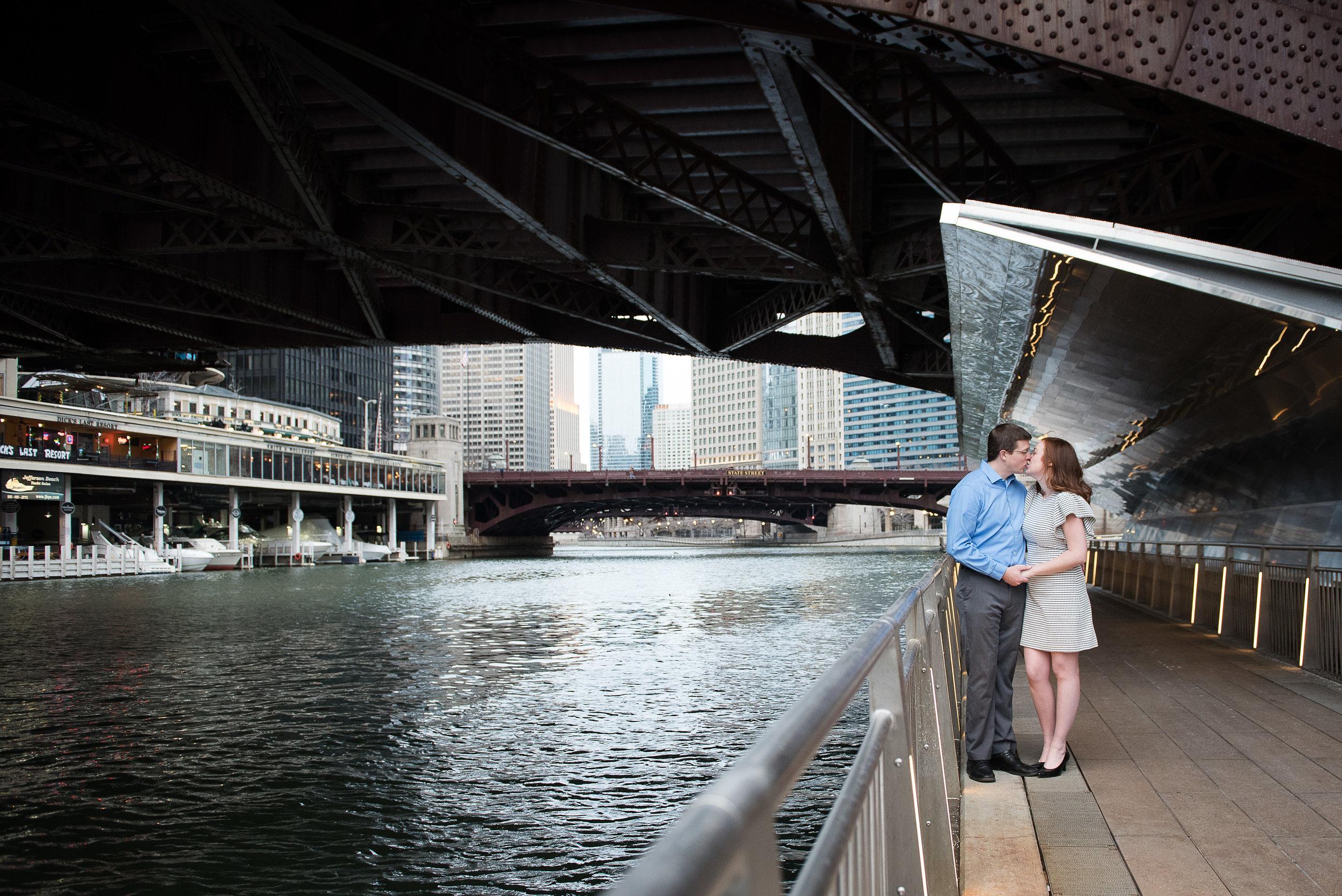 chicago-engagement-photography-metts-photo-9.jpg