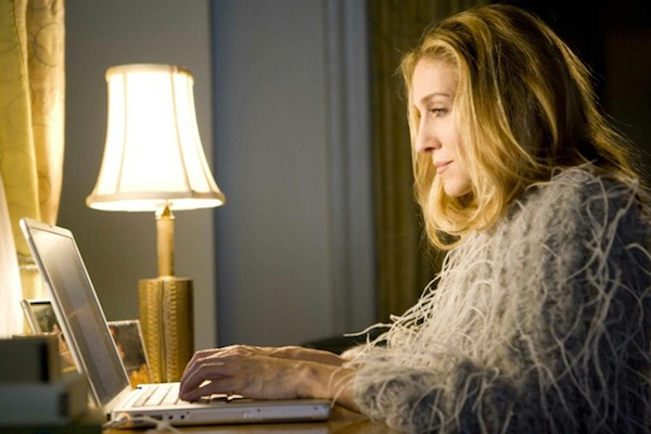 Carrie Bradshaw blogging from home