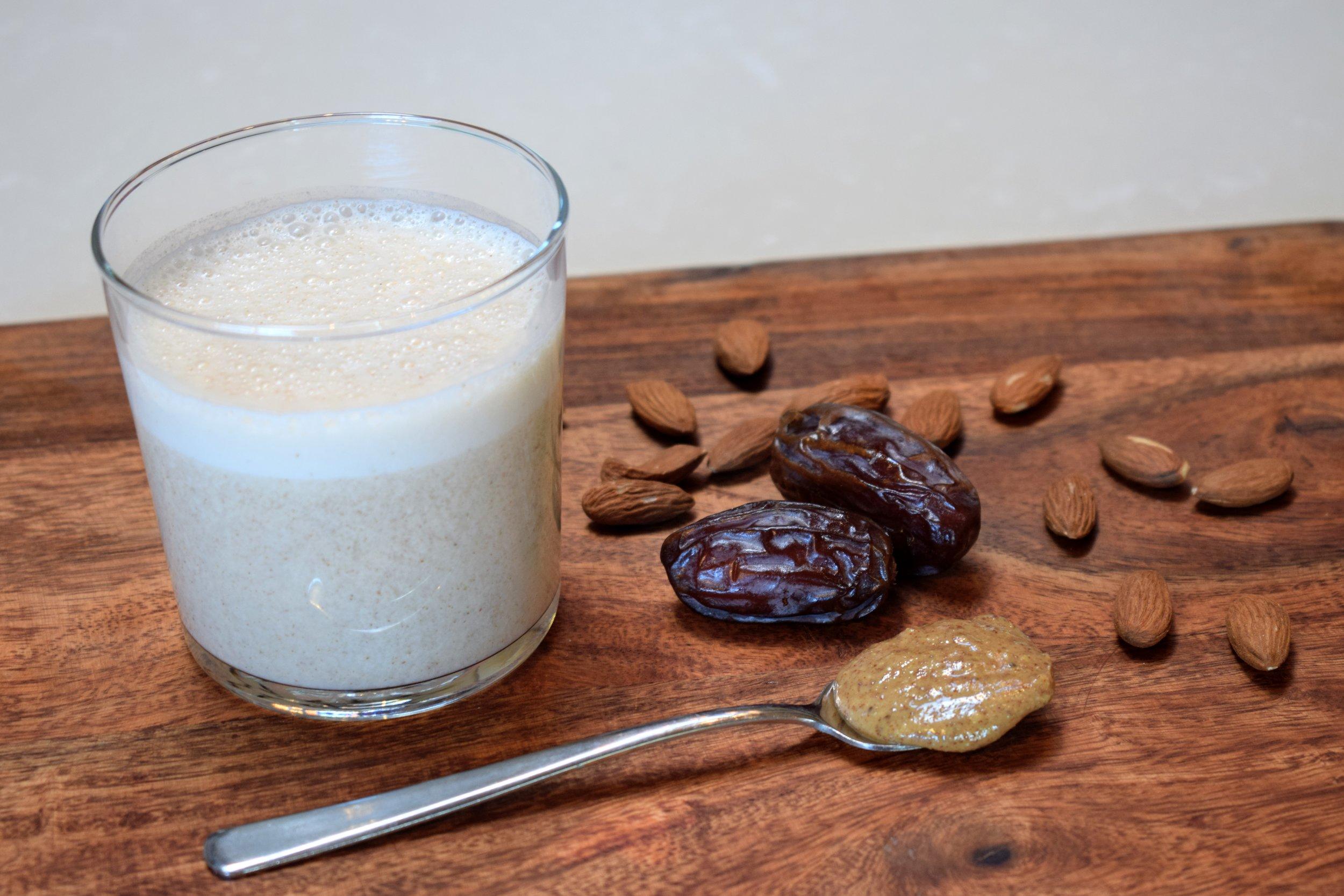 Easy Homemade Cashew Almond Milk