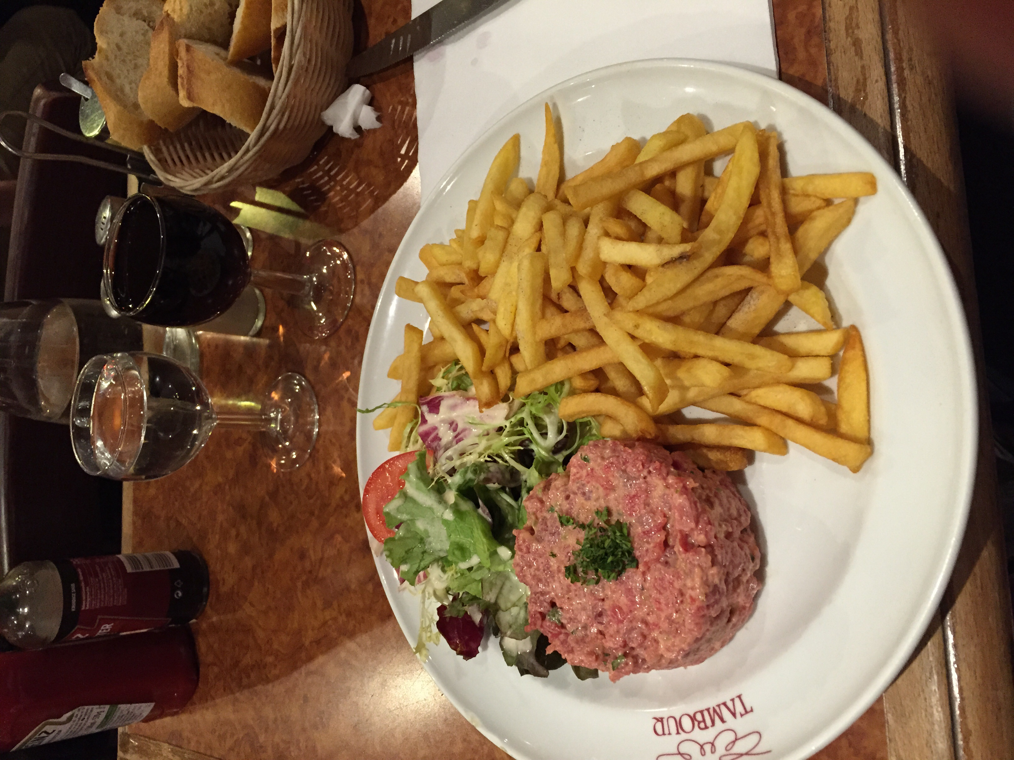 I've wanted to try this for years, beef tartae and frites. A Parisian classic.