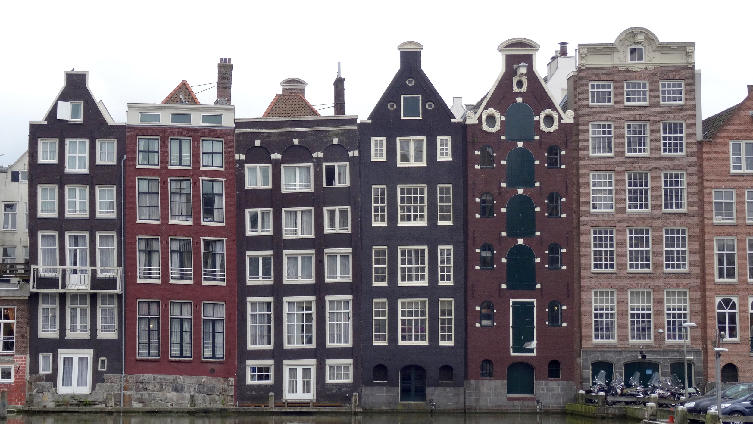 Classic architecture along the canal.