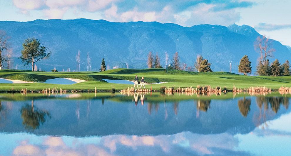 2-S2-0163-Meadow-Gardens-Golf.jpg