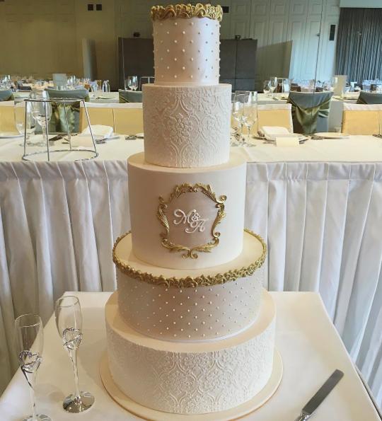 Copy of Gold & White Wedding Cake