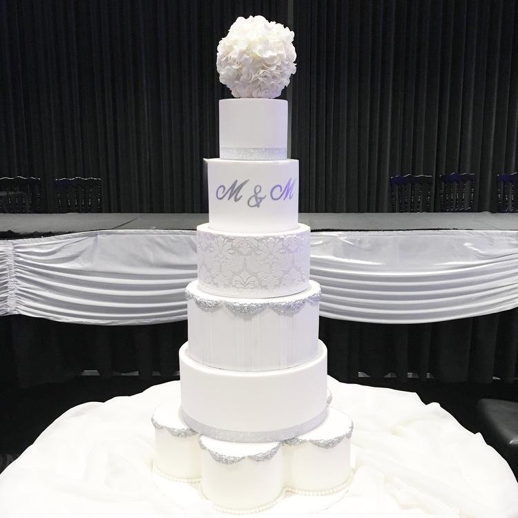 Silver & White Showstopper Wedding Cake