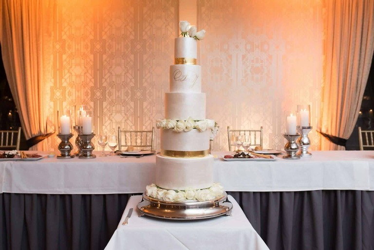 Showstopper Wedding Cake with Flowers