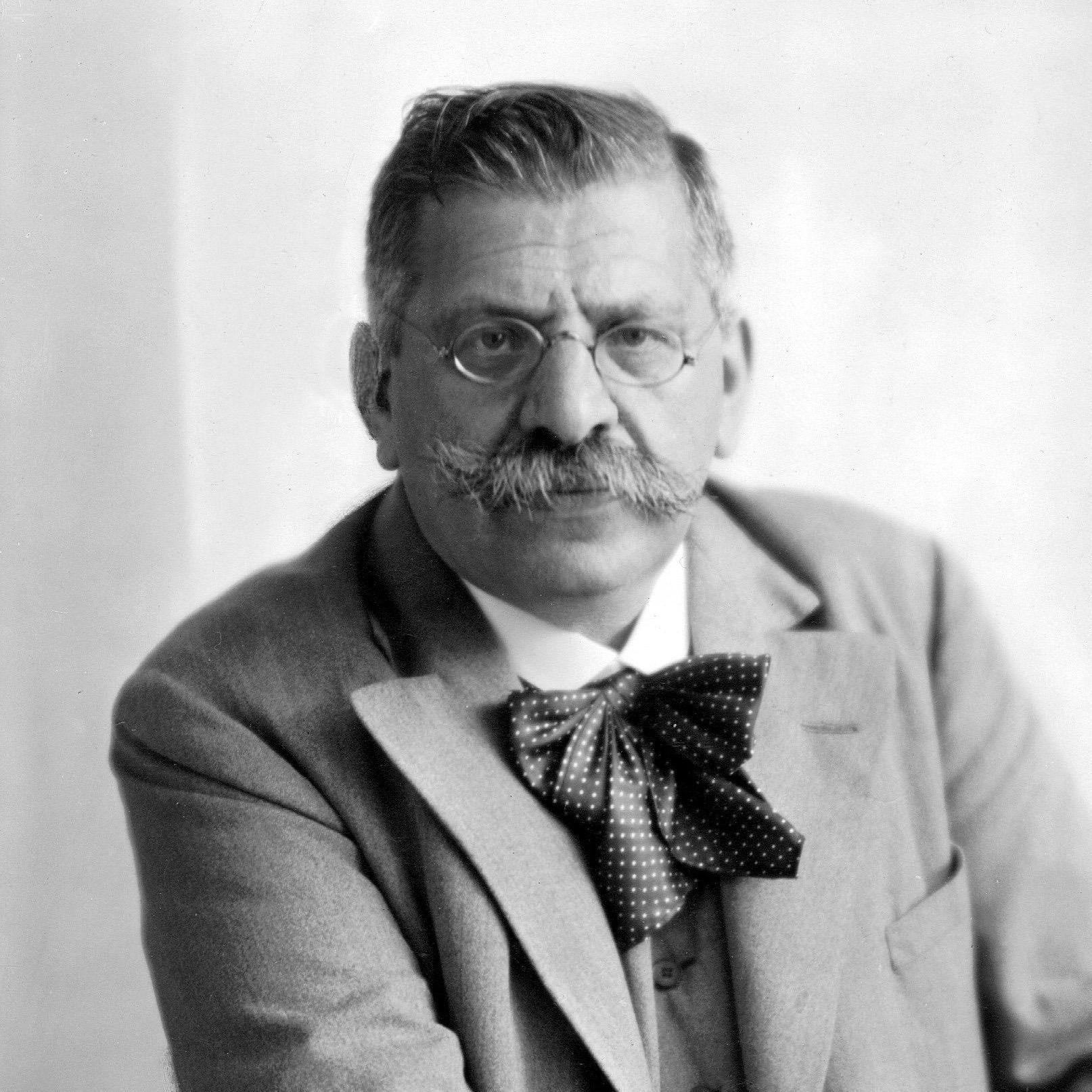 Hirschfeld-portrait-xlg.jpg