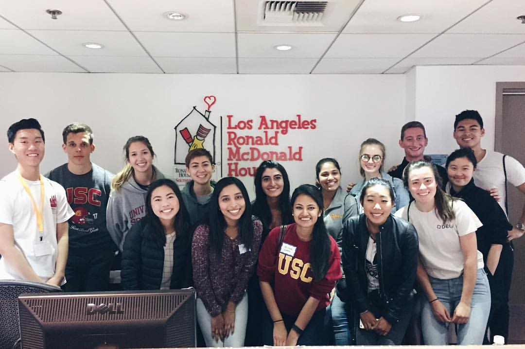 In an effort to better support our community, in Spring 2017 USC AIM Consulting coordinated a community outreach event with the Los Angeles Ronald McDonald House in Hollywood. The morning was spent preparing a delicious and nutritious breakfast for the families residing at the Ronald McDonald House in order to stay with young hospitalized children. We enjoyed getting to interact with these family, and help make their time at the Ronald McDonald House easier.
