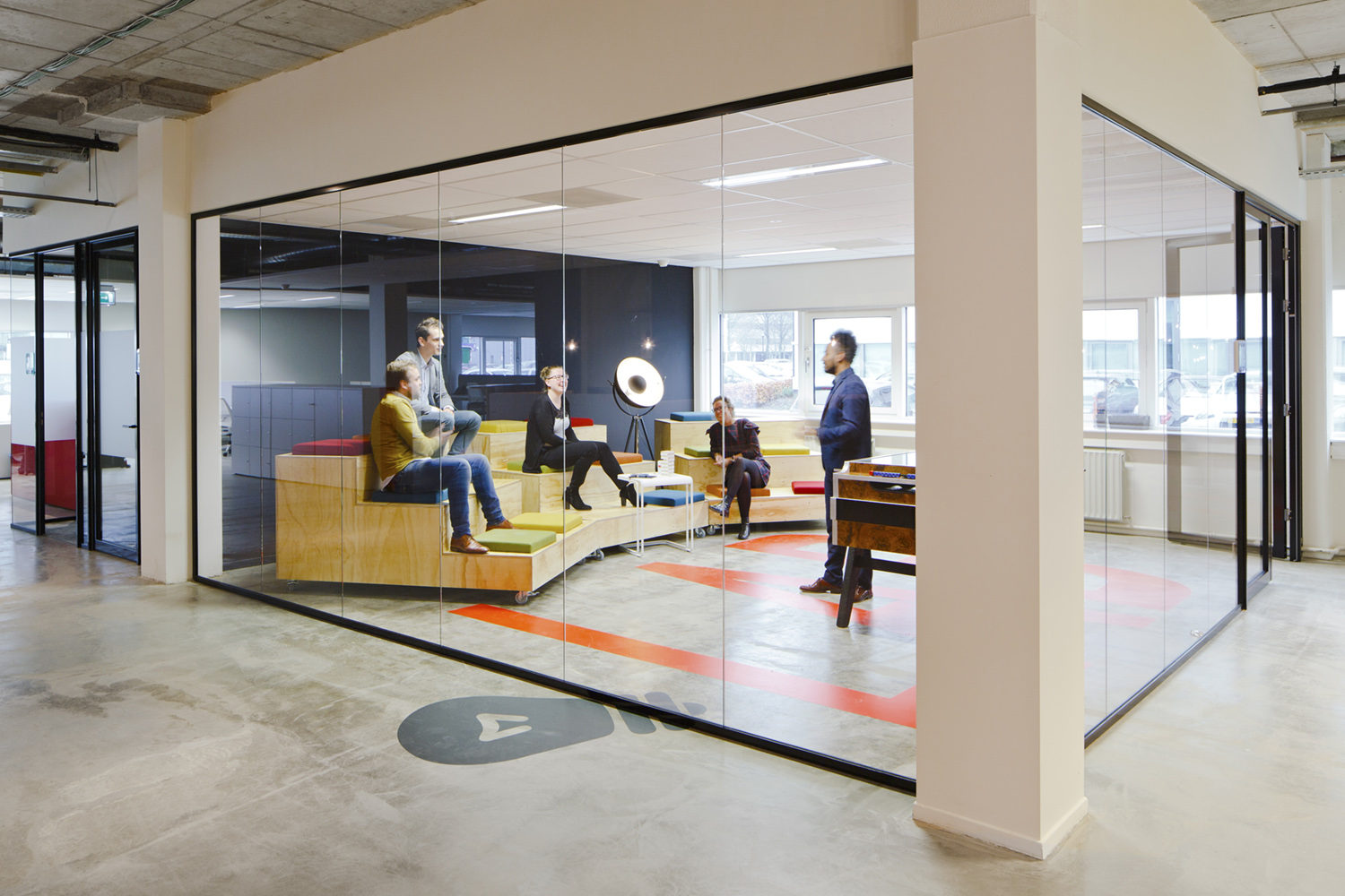 client:  Unispace  project:  Adecco  office