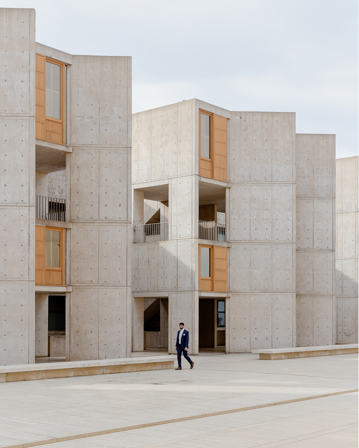 architect: Louis Kahn location: San Diego, California, USA