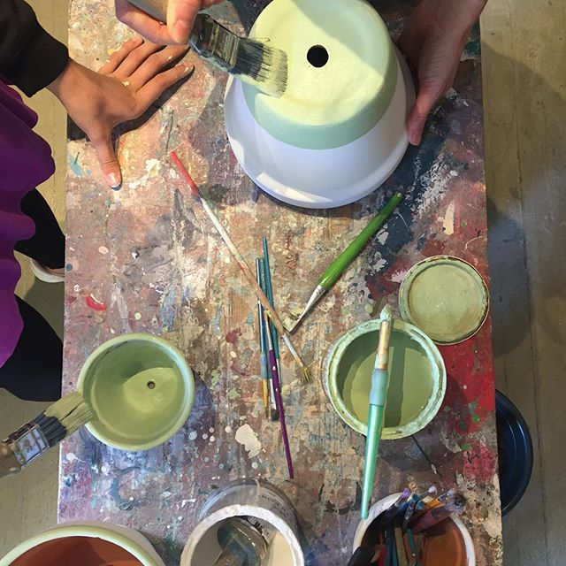 We're open until 7pm tonight, if you fancy popping in to paint a pot or for some delicious Ethiopian food and coffee! #anniesloan #lemlem #anniesloanandoxfam #ethiopianfood