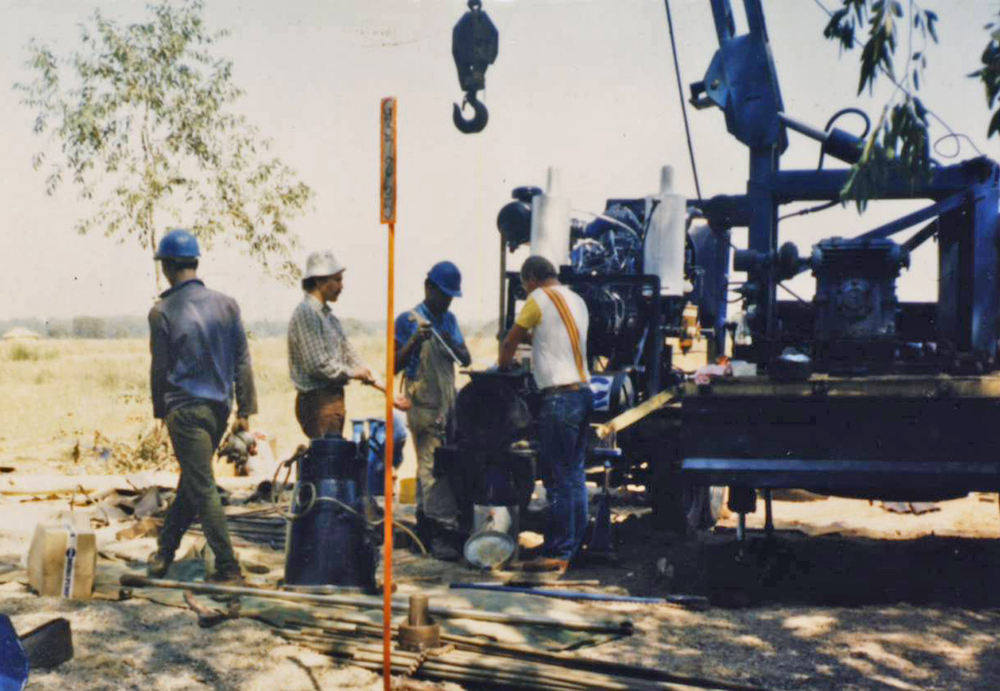 Yield testing one of the large-diameter/high-yield boreholes in the Vaal Triangle.