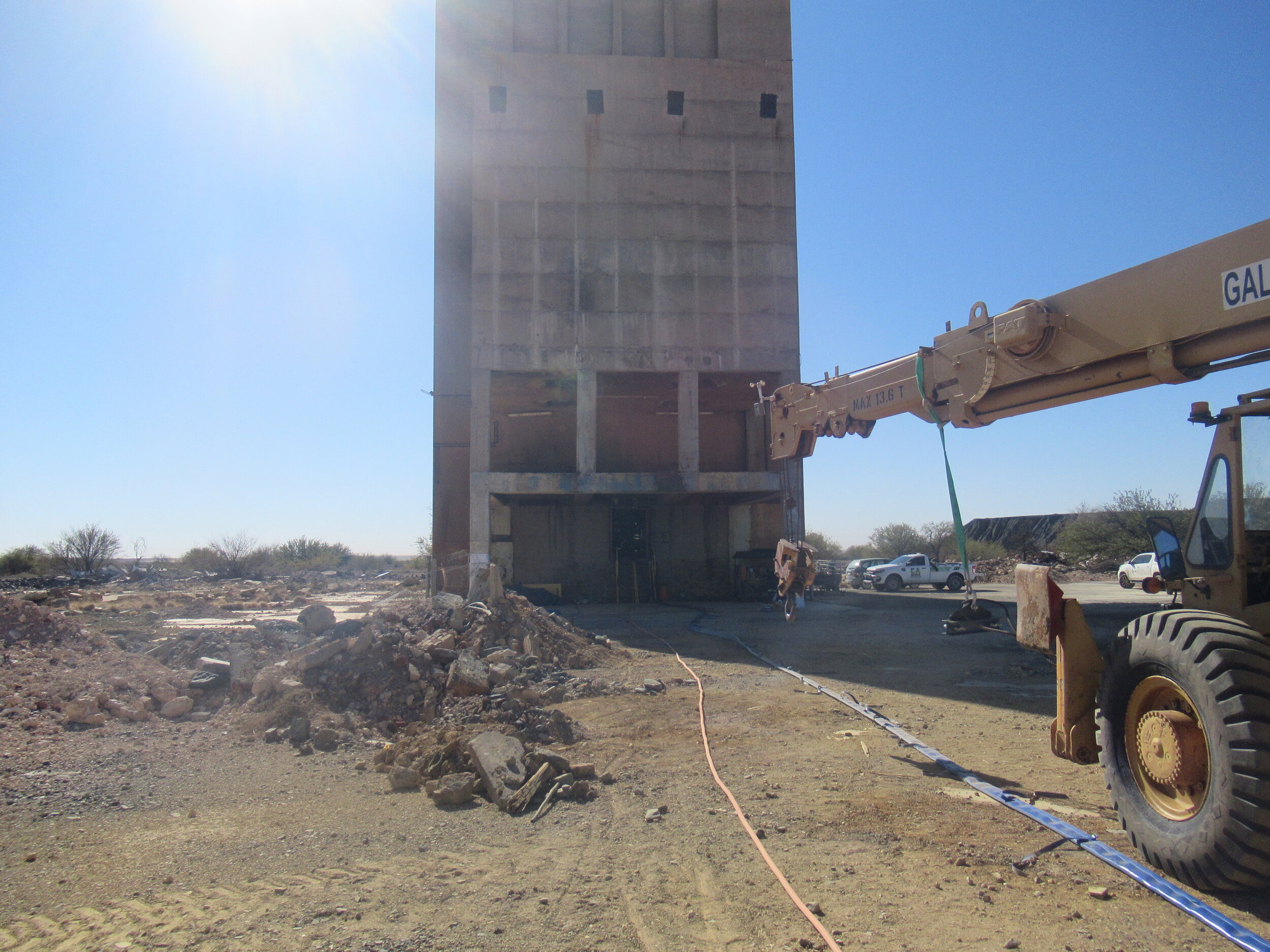 The disused mine still had its old concrete headworks with a 500mm thick slab cast over the shaft to prevent accidents.
