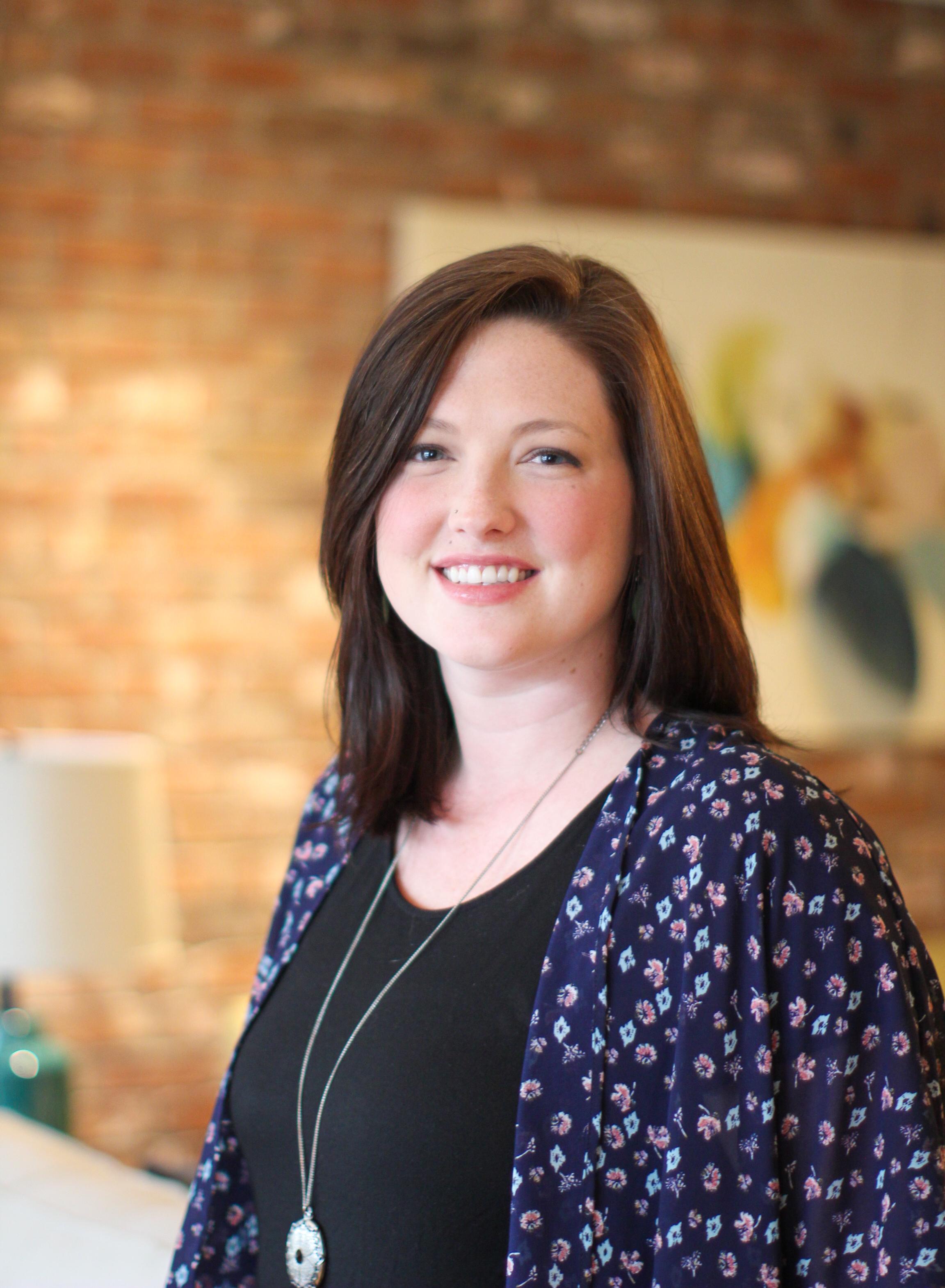 Elaine provides Eating Disorder Treatment in Asheville