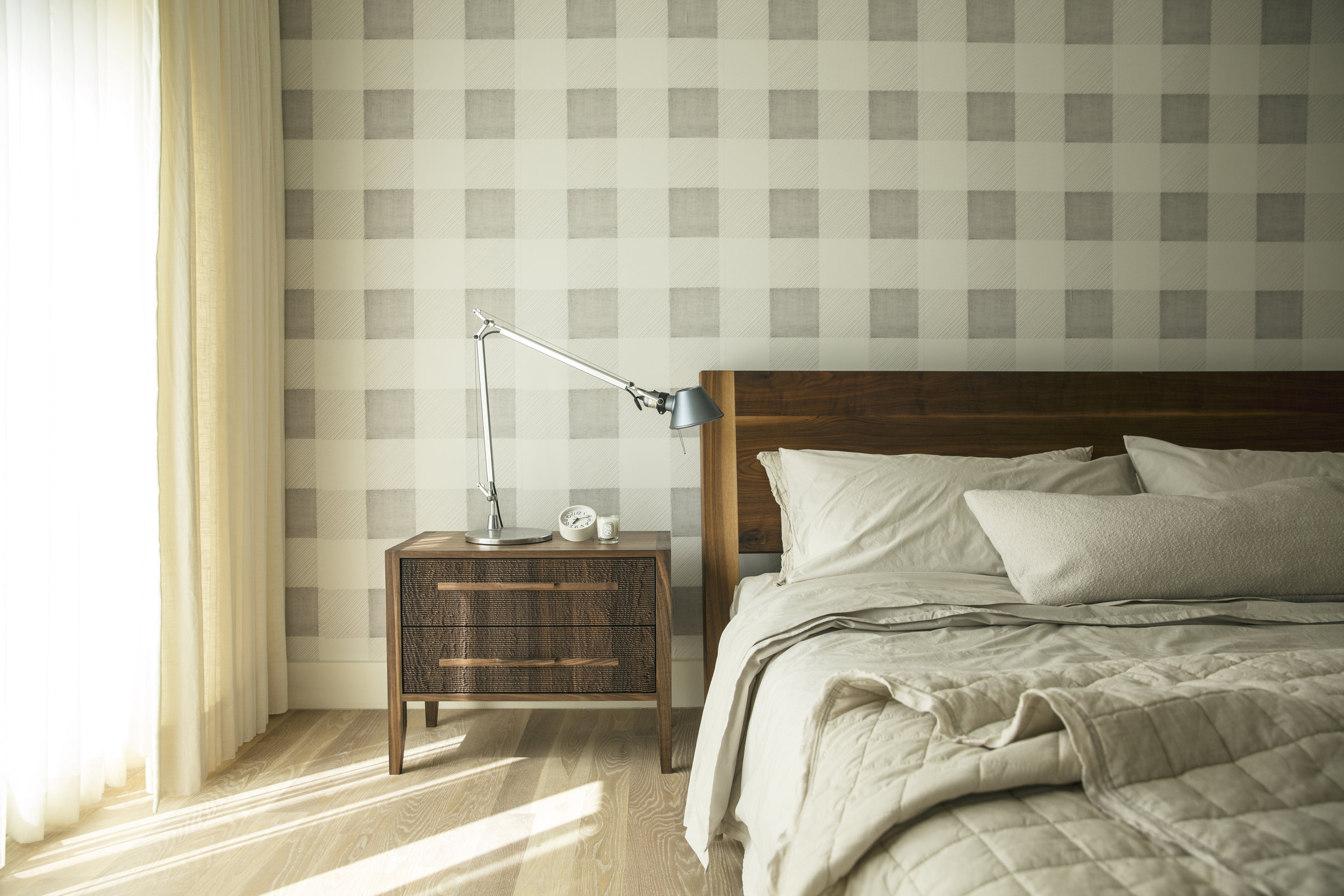 12.Slideshow_LKL-Balboa_Master Bedroom 2x3_Photography by Aubrie Pick.jpg