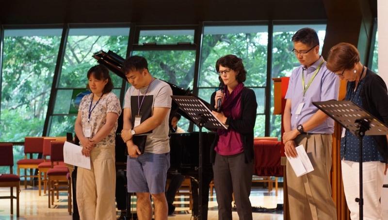 Representative from Mainland China, South Korea, North Korea, Hong Kong, and the US led us to pray prayers of lament (photo by Jongho Kim)
