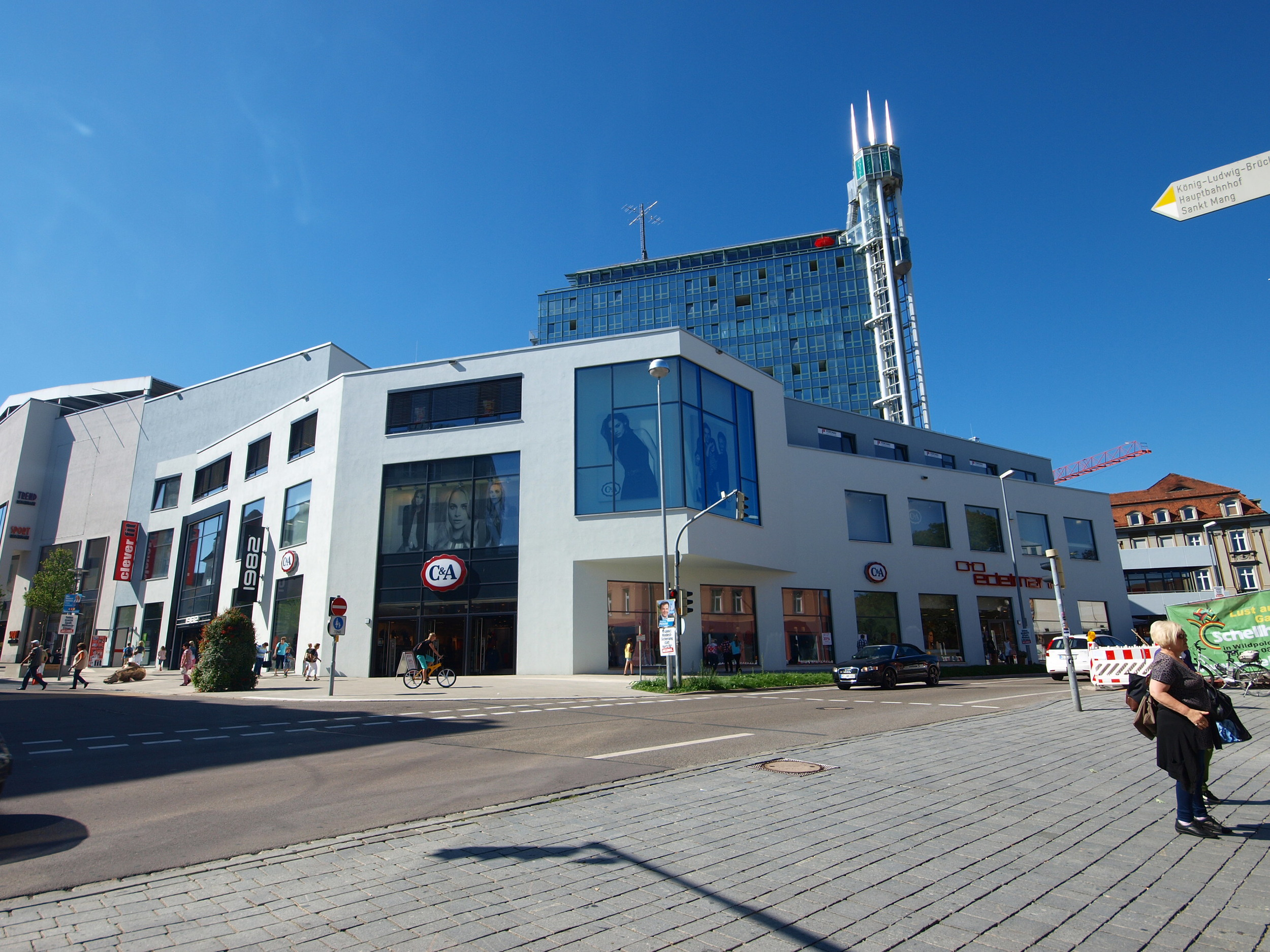 Zentralhaus 1.JPG