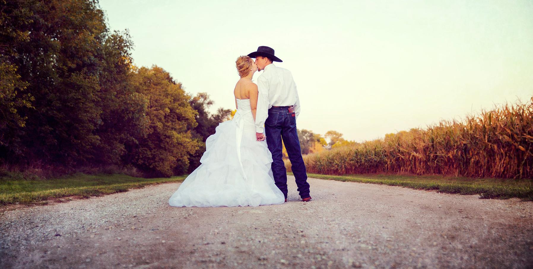 lincoln-ne-prairie-creek-inn-wedding-photos-10