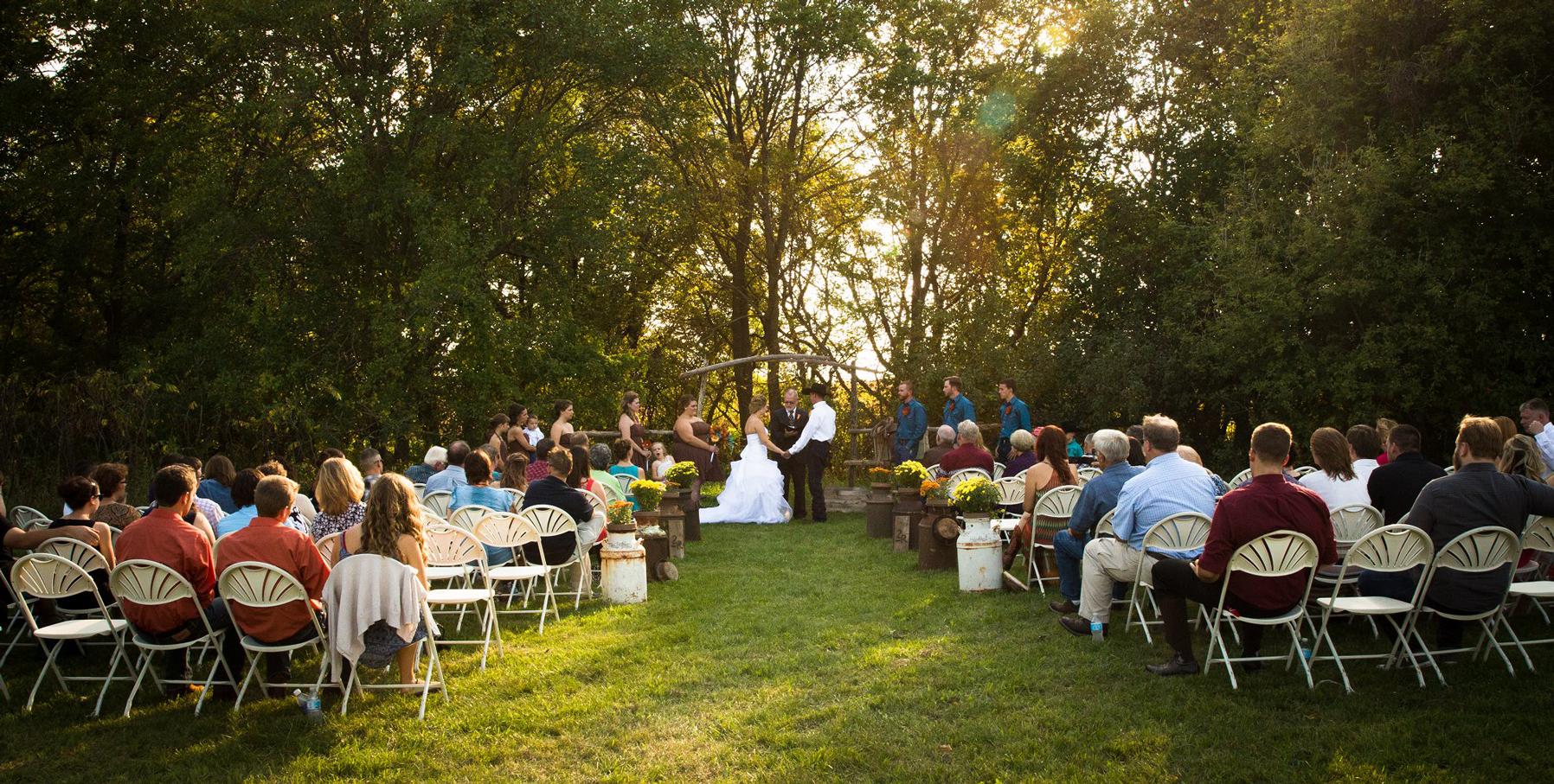 lincoln-ne-prairie-creek-inn-wedding-photos-05