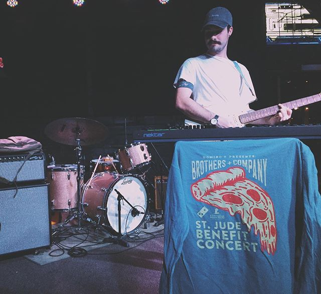 playing in fayetteville tonight.  these shirts will be free to everyone here so ya see u @ 830!!!!