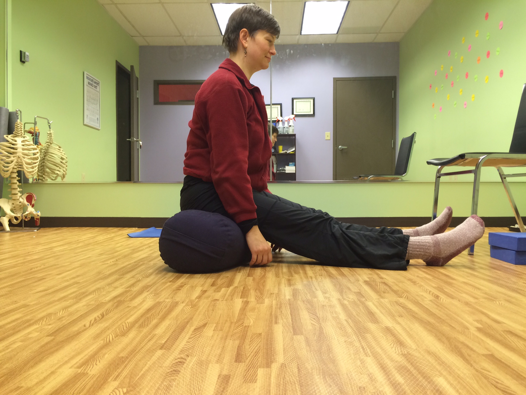 Stretch your hamstrings while you sit!
