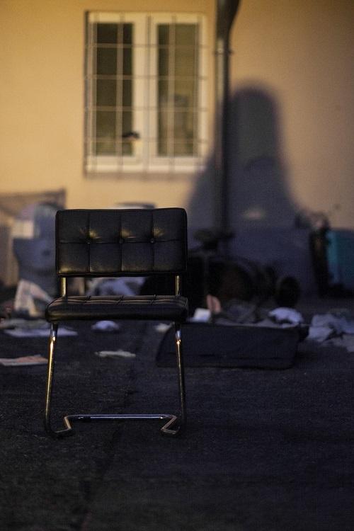 empty+chair+4.jpg