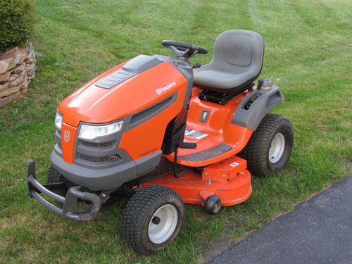 riding mower.JPG