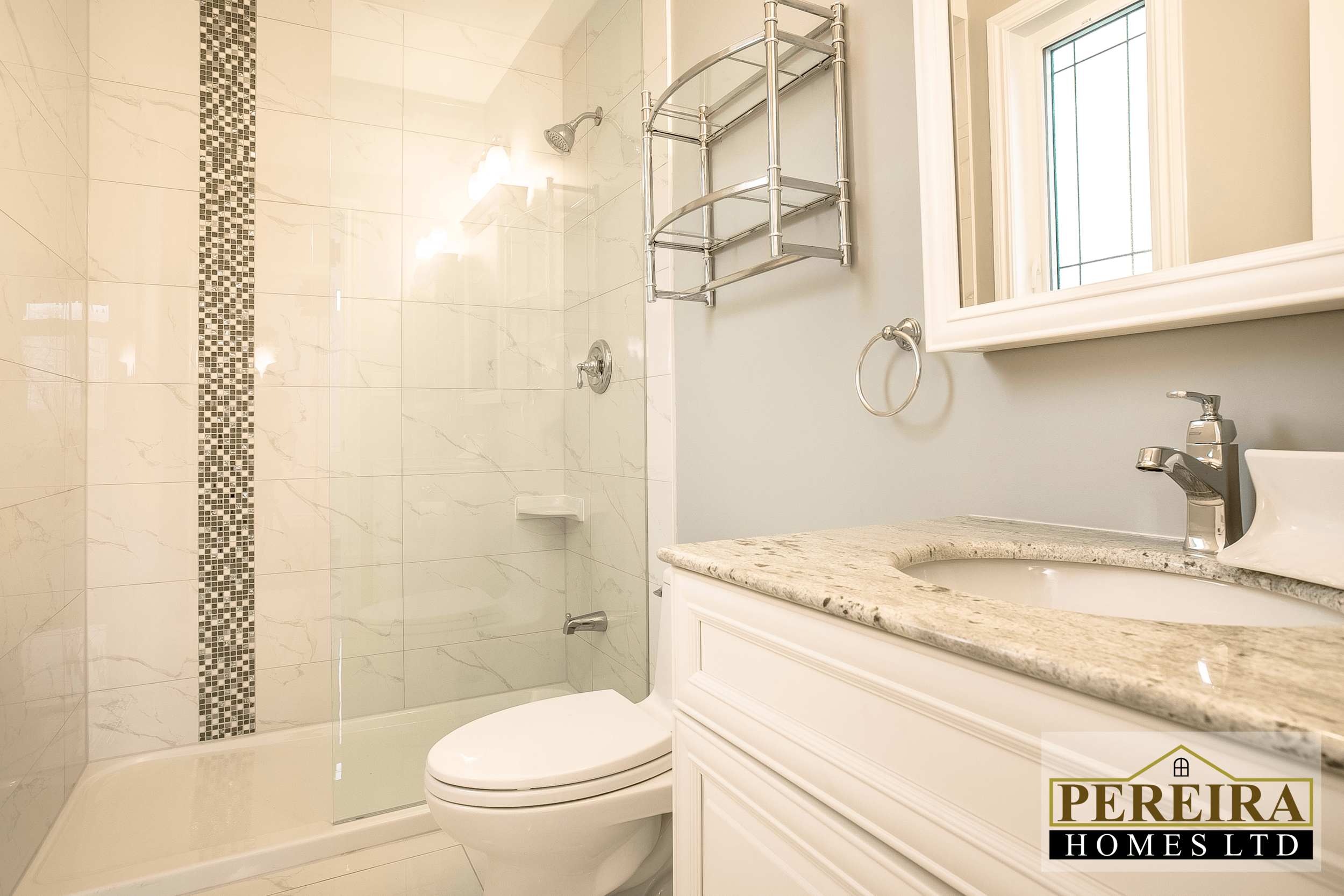 20 Darlington Blvd Courtice ON-print-036-37-Bathroom-3600x2400-300dpi.png