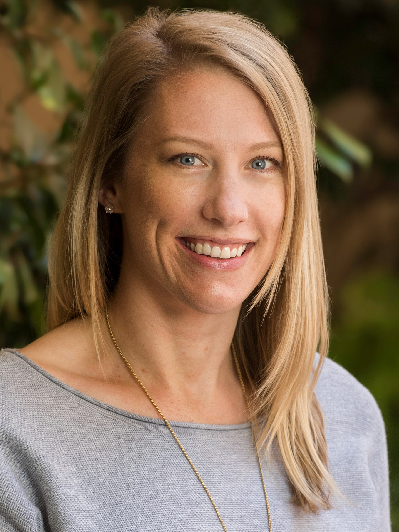 Cassandra Perret, Psy.D.    Licensed Psychologist   Dr. Perret specializes in CBT, mindfulness, and acceptance-based psychotherapies for adolescents, adults, and athletes with mood and anxiety disorders, stress, and performance-related issues.  Los Altos ,  Menlo Park