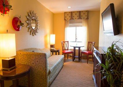 highland_suite.JPG
