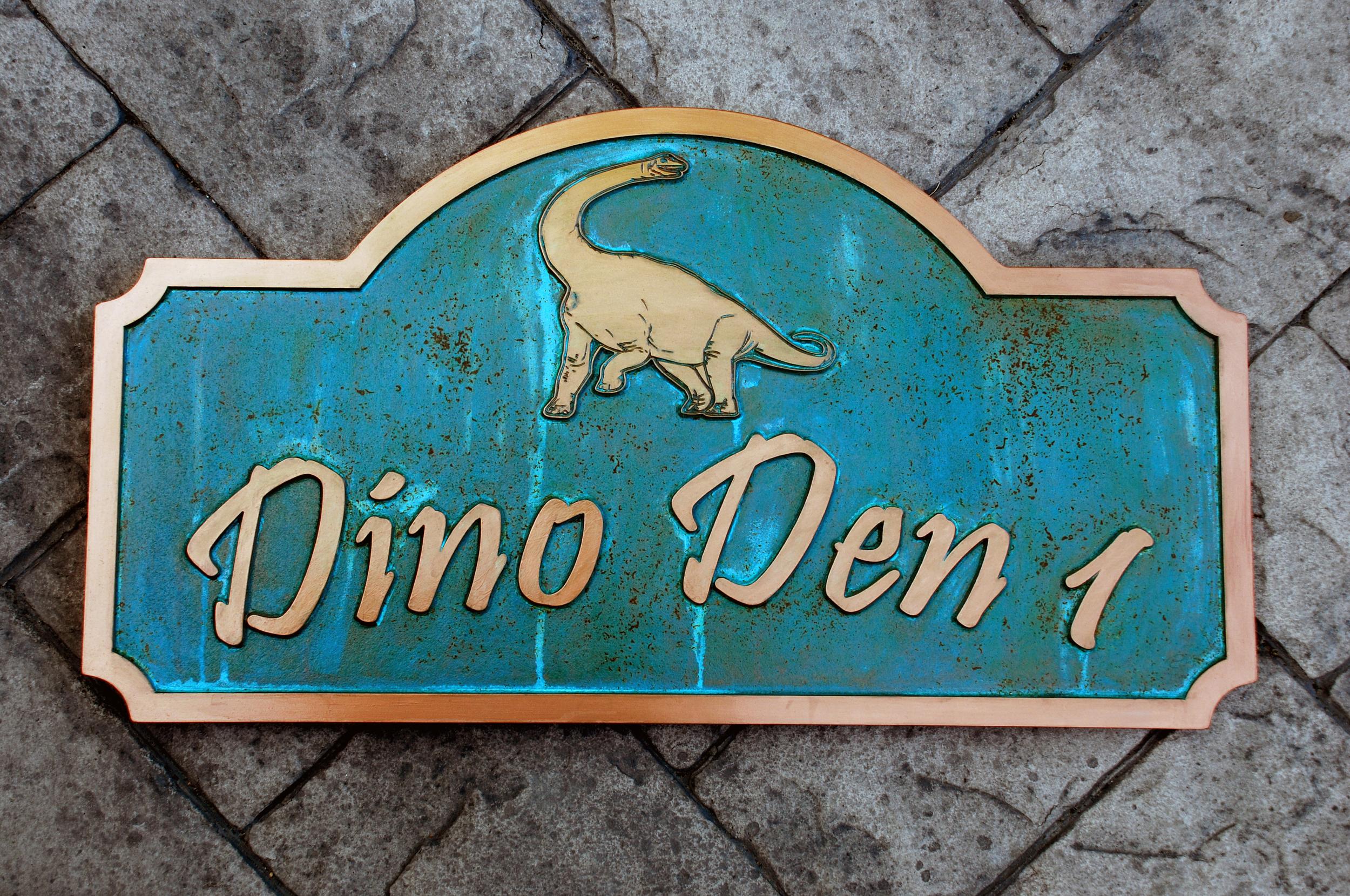 Dino1.jpg