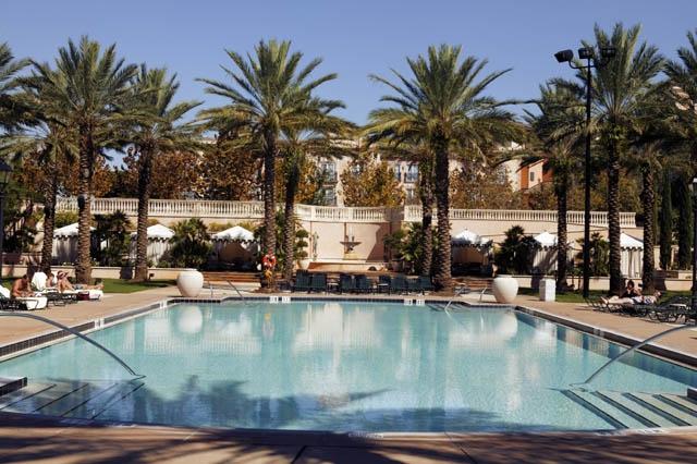 2 - LPBH - Villa Pool.jpg