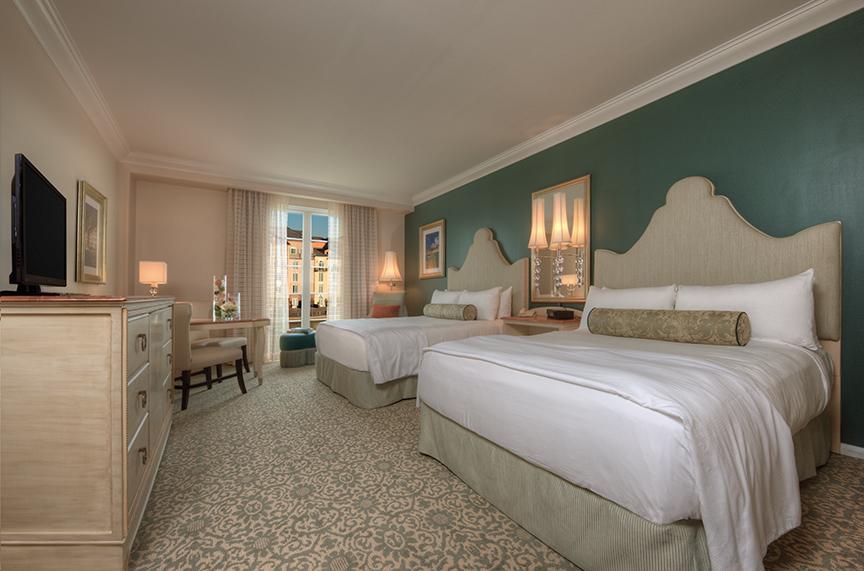 4 - LPBH - Two Queen Bedroom.jpg