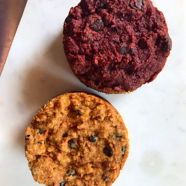 Top: Chocolate Beet Cake Bottom: Carrot Cake Both grain free, both flavorful, chewy and just sweet enough. It's the same recipe but I switched a few things around. Maybe I could also use zucchini! . . . #summerbaking #paleocarrotcake #grainfreeliving #veganpastries #beetsfordessert #beets #improvchef